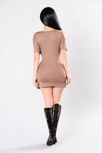 All The Way Up Tunic - Mocha