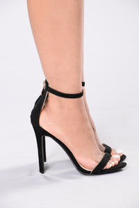 Gets Better With Time Heel - Black