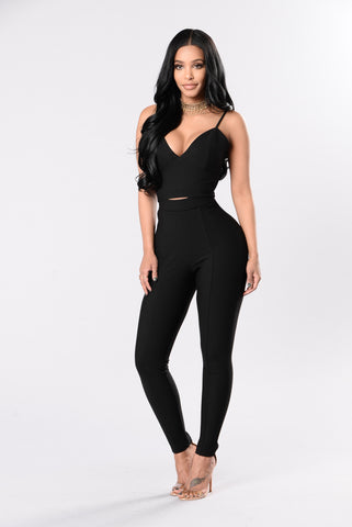 Zendaya style leggings high waisted in all black