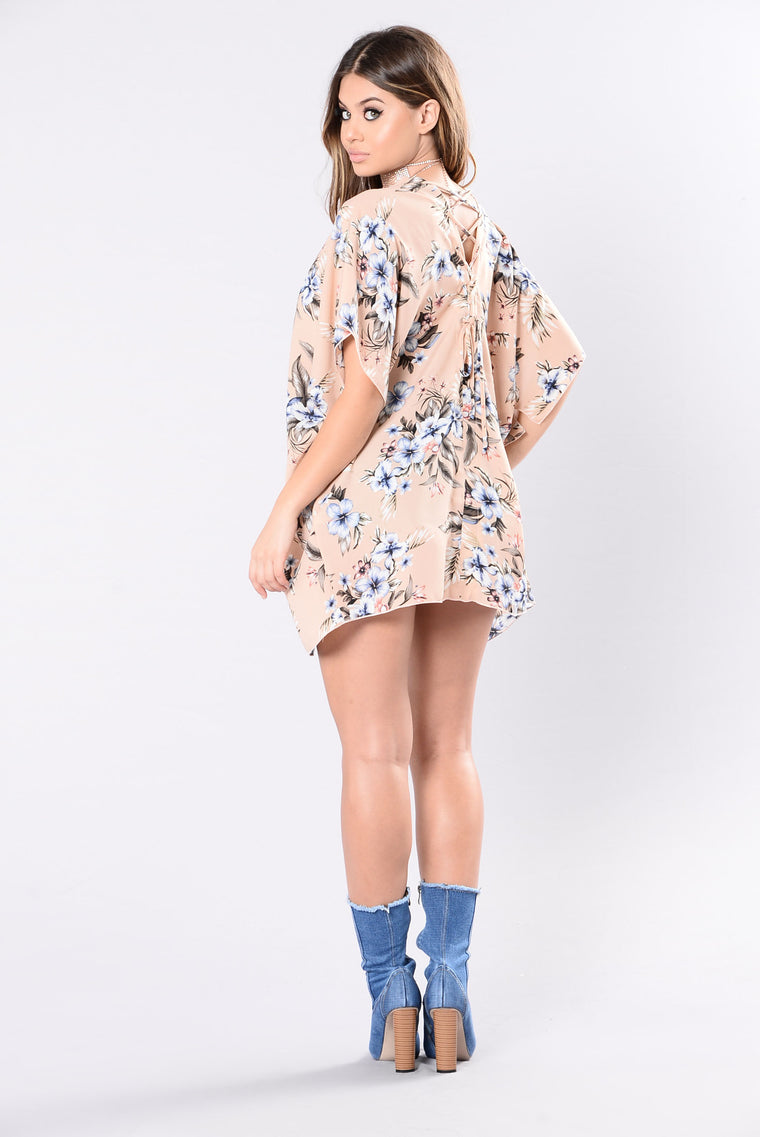I Want You, I Need You Kimono - Nude Floral