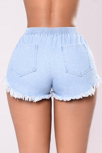 Break It Down For Me Shorts - Light Wash