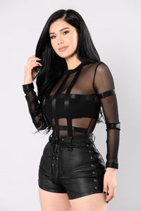 Feel The Moment Bodysuit - Black