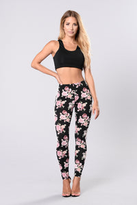 Give Me Roses Pants - Black