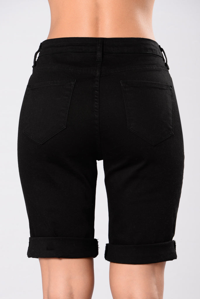 Shipwrecked Bermuda Shorts - Black