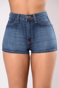 Crowd Pleaser Denim Shorts - Medium Blue