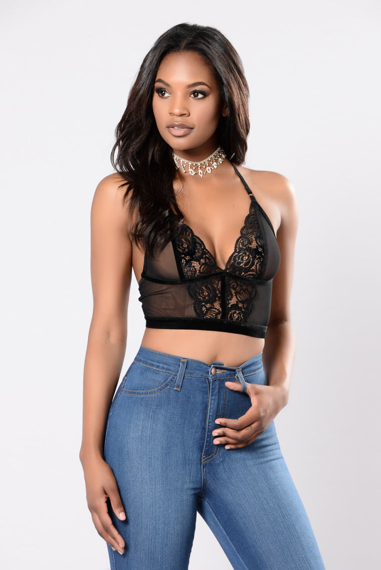 black bralette for summer