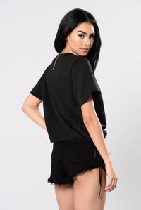 Slayin' All Day Top - Black