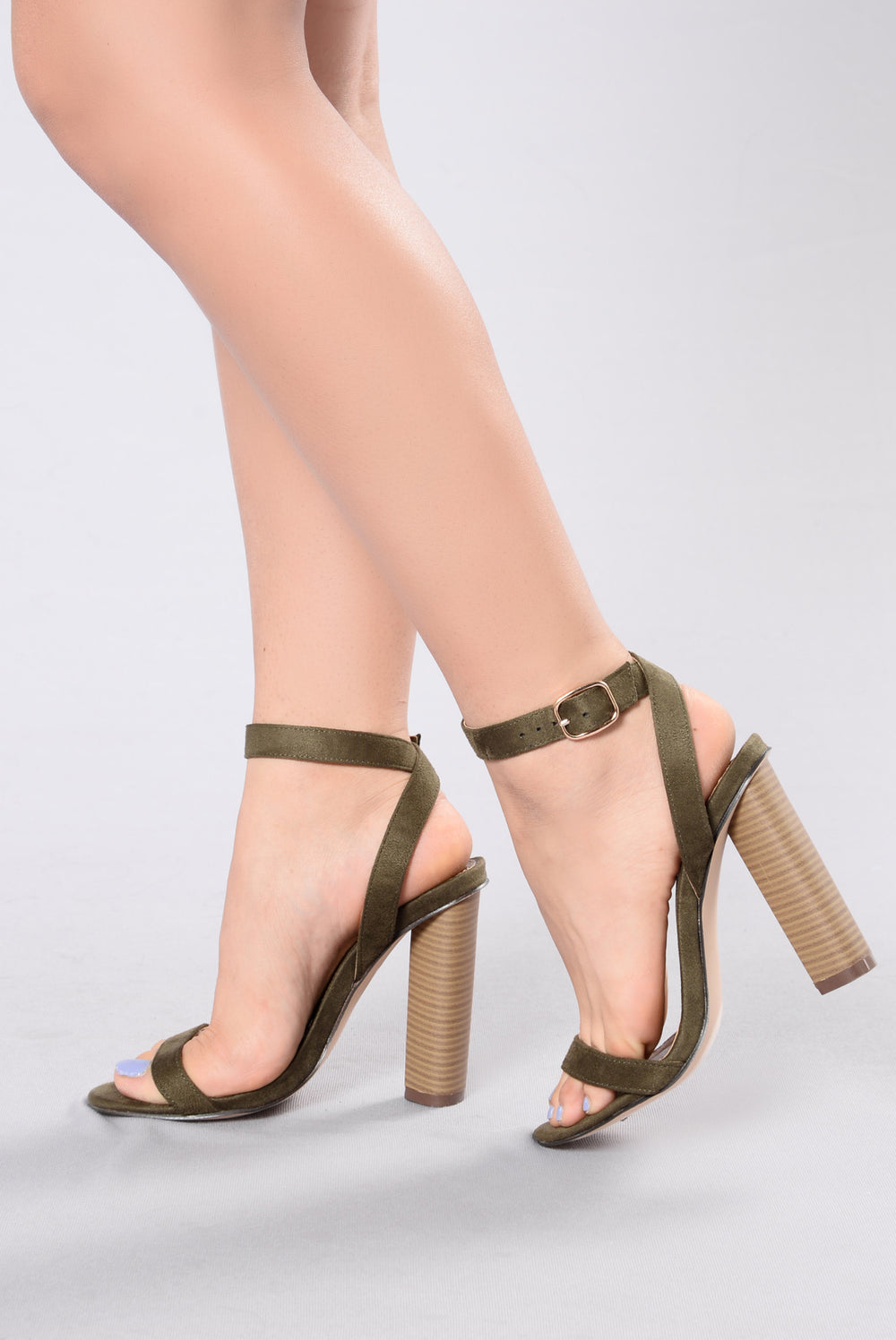 Simple And Sleek Heel - Olive