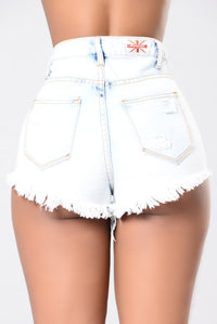 I'm Vibing Shorts - Light Wash
