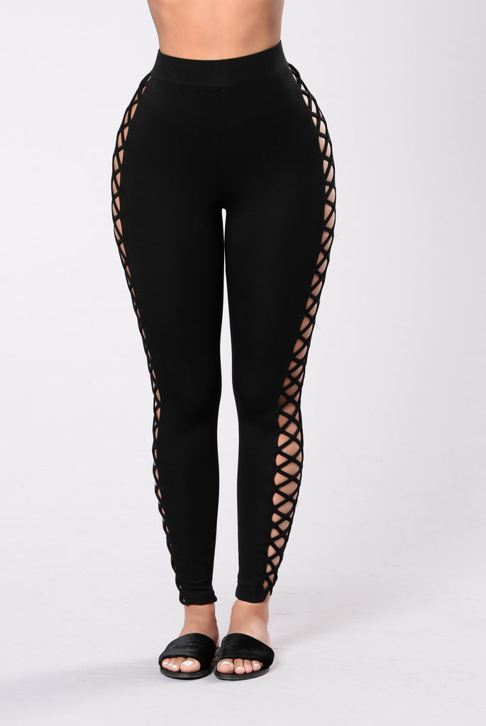 Just A Little Thang Leggings - Black