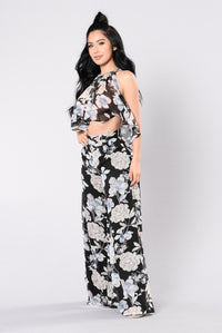 Allegra Set - Black Floral