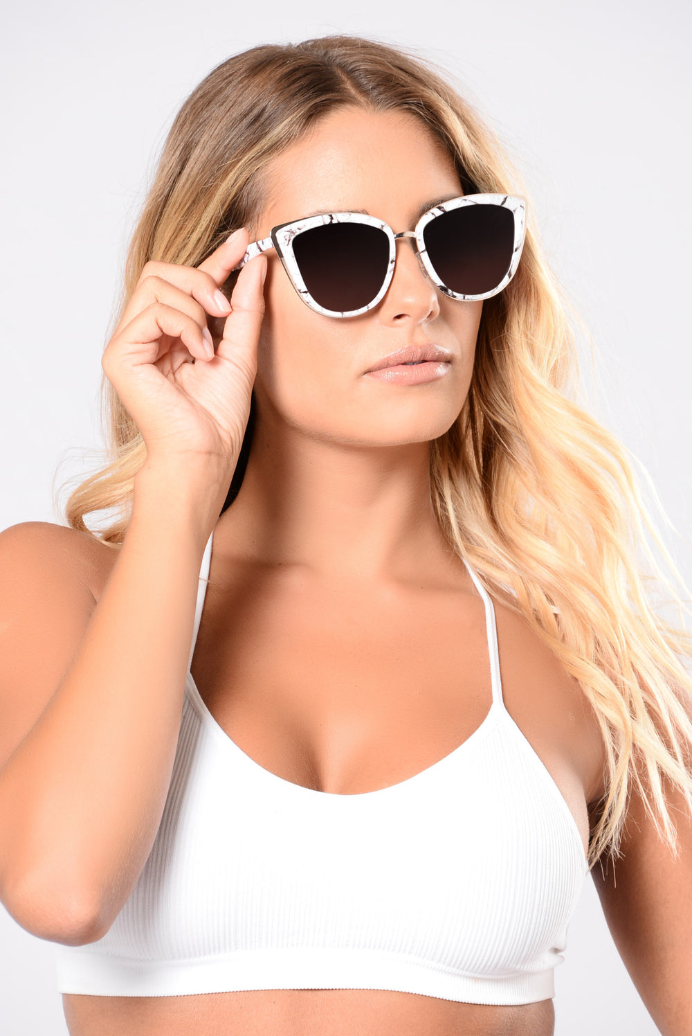 Stone Cold Sunglasses - White/Gold