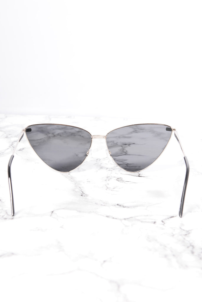 Bar Beach Sunglasses - Silver/Black