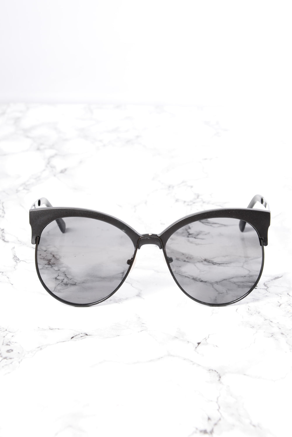Zelda Sunglasses - Black/Smoke