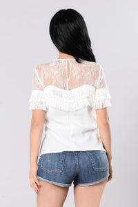 Hold Me With Your Heart Top - Off White Angle 3