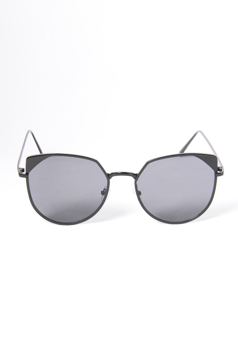 Meads Bay Sunglasses - Black