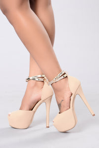 Tan platform heels for women, casual and work heels