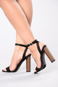 Stomp The Yard Heel - Black