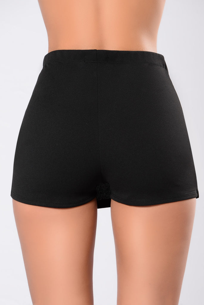 Stop The Chase Skirt - Black