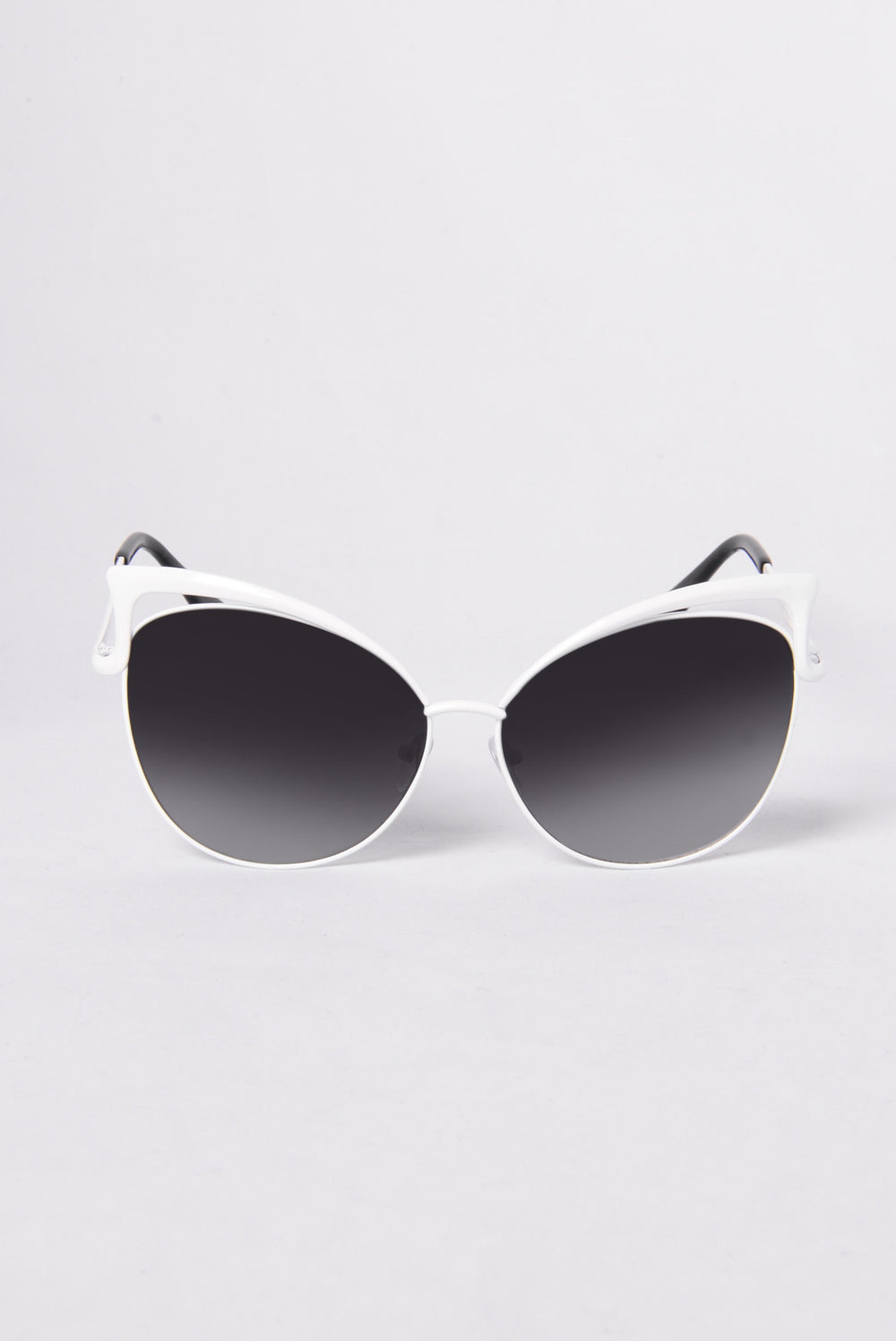 Start Some Drama Sunglasses - White/Black