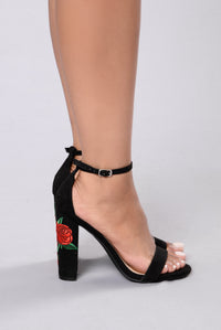Jupiter Love Heel - Black