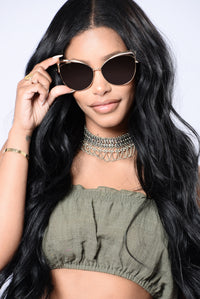 Start Some Drama Sunglasses - Gold/Brown