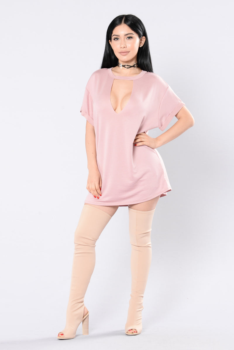 Deep In Your Thoughts Tunic - Mauve