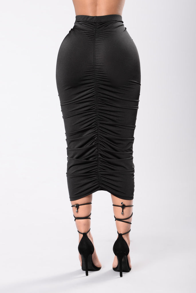 Going Up Skirt - Black
