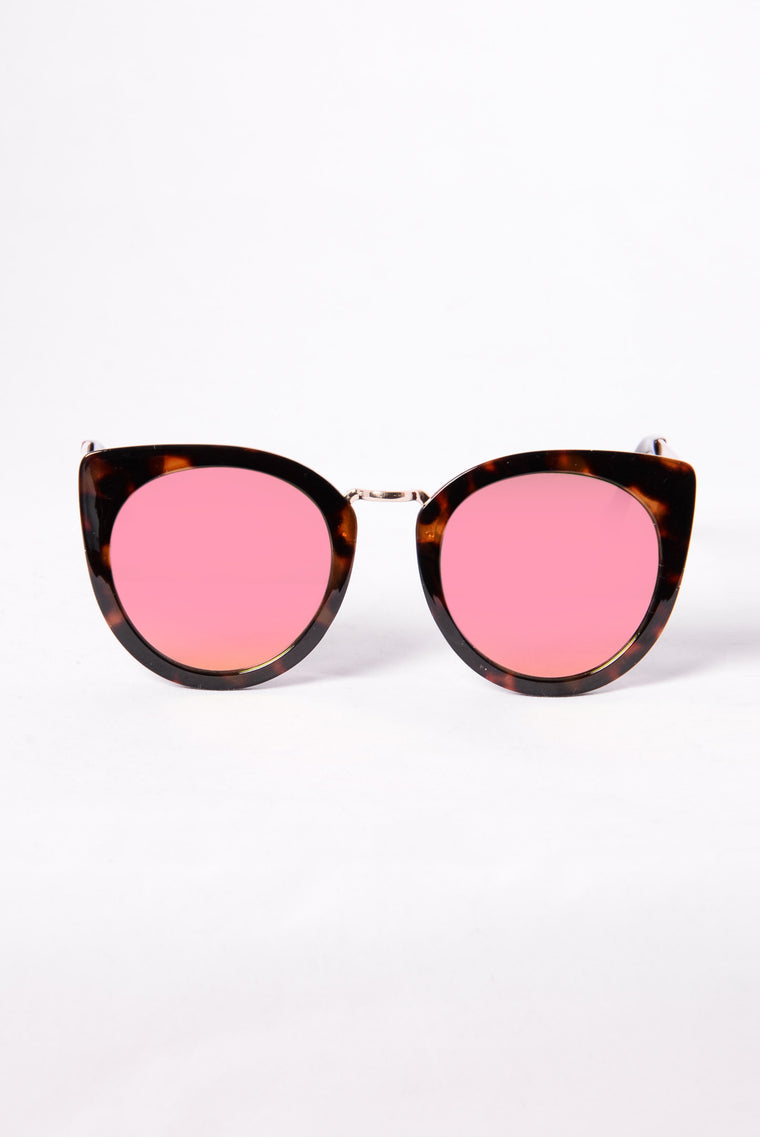 Look At That Sunglasses - Tortoise/Red