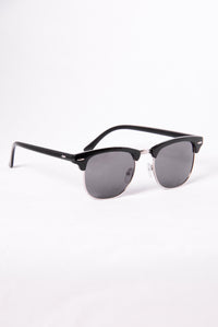 Catalina Island Sunglasses - Black/Smoke