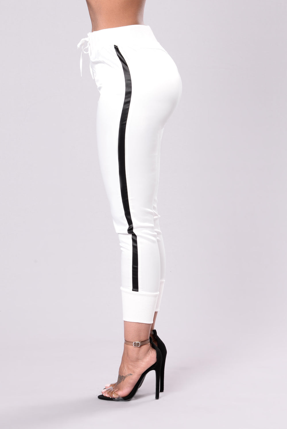 Keep You In Line Pants - White