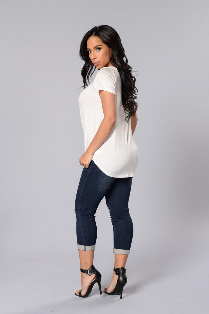 Knot Your Girl Tee - Ivory