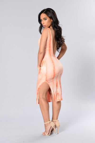Carefree Dress - Coral