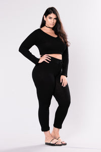 Wanderlust Leggings - Black Angle 9