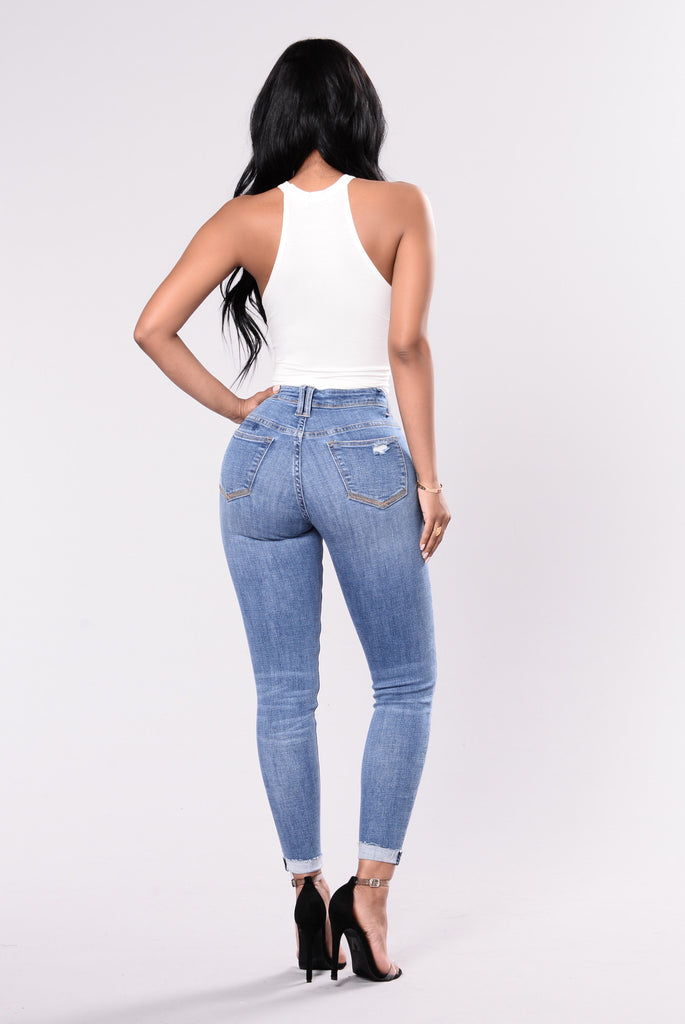 Hate It Or Love It Jeans - Medium Wash