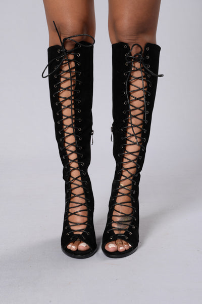 Upper Echelon Heel - Black