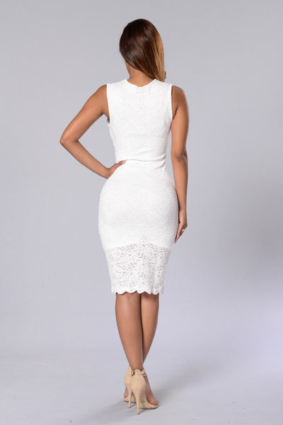 Breathless Moments Dress - Ivory