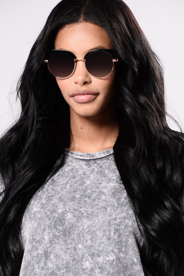 Kelly Sunglasses - Black/Smoke