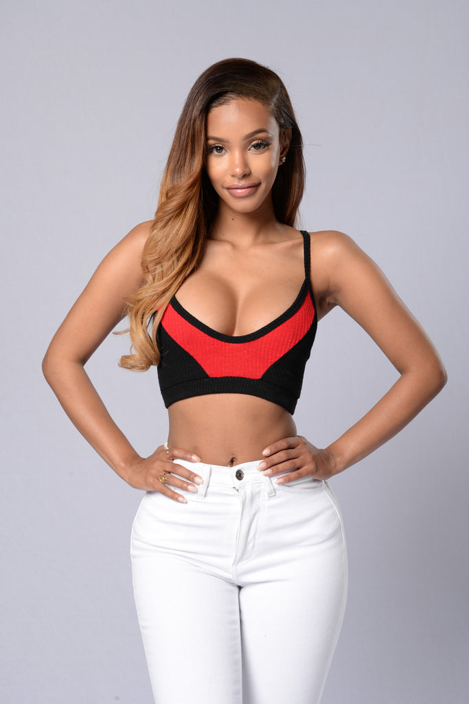 Mya Top - Black/Red