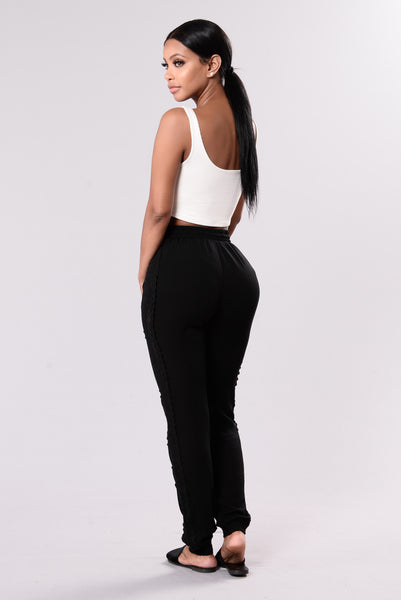 Allie Crochet Pants - Black