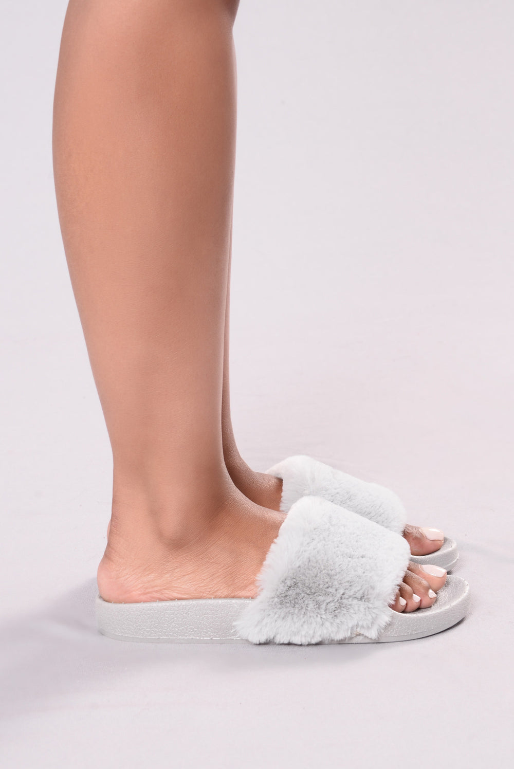 Fuzzy Wonders Sliders - Grey