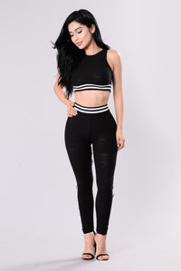 Sporty Chic Top - Black