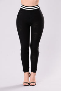 Sporty Chic Leggings - Black