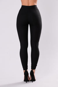 Tossed Pants - Black