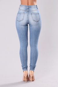 No Need To Pretend Jeans - Light Blue Angle 3