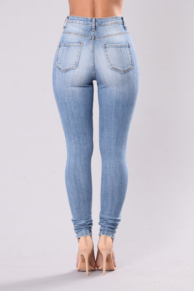 No Need To Pretend Jeans - Light Blue