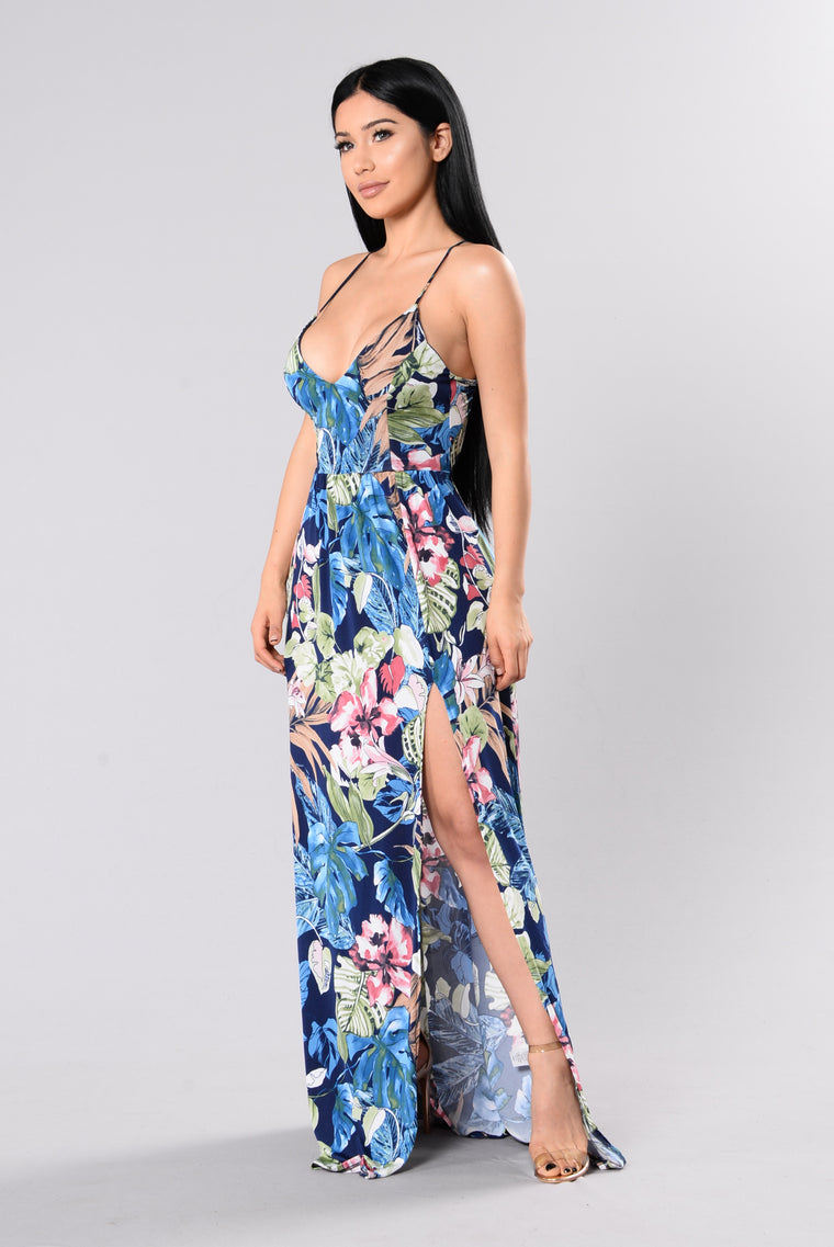 Greetings From Hawaii Dress - Navy/Floral