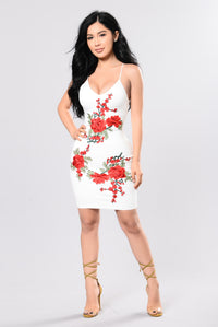 Lovely Roses Dress - White