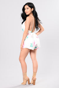 Talk To Me Romper - White/Floral