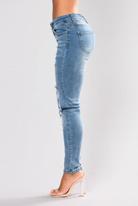 Beverly Skinny Jeans - Light Blue Angle 3